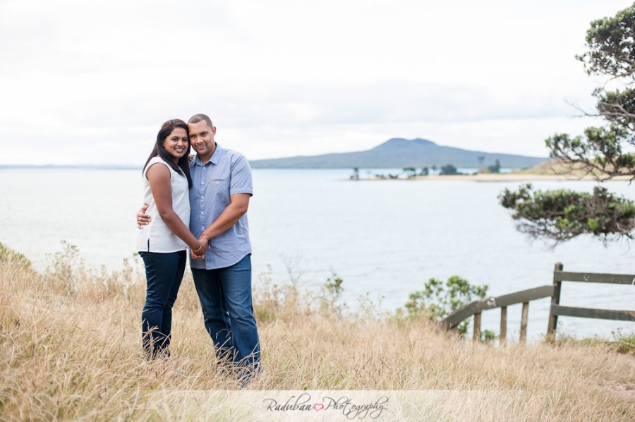 sivash-lyle-engagement-musick-point-auckland-by-raduban-photography