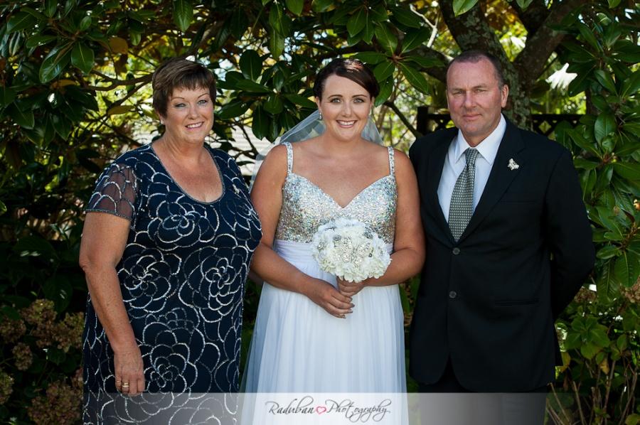bridget-nathan-brigham-auckland-candid-wedding-photographer-raduban-photography