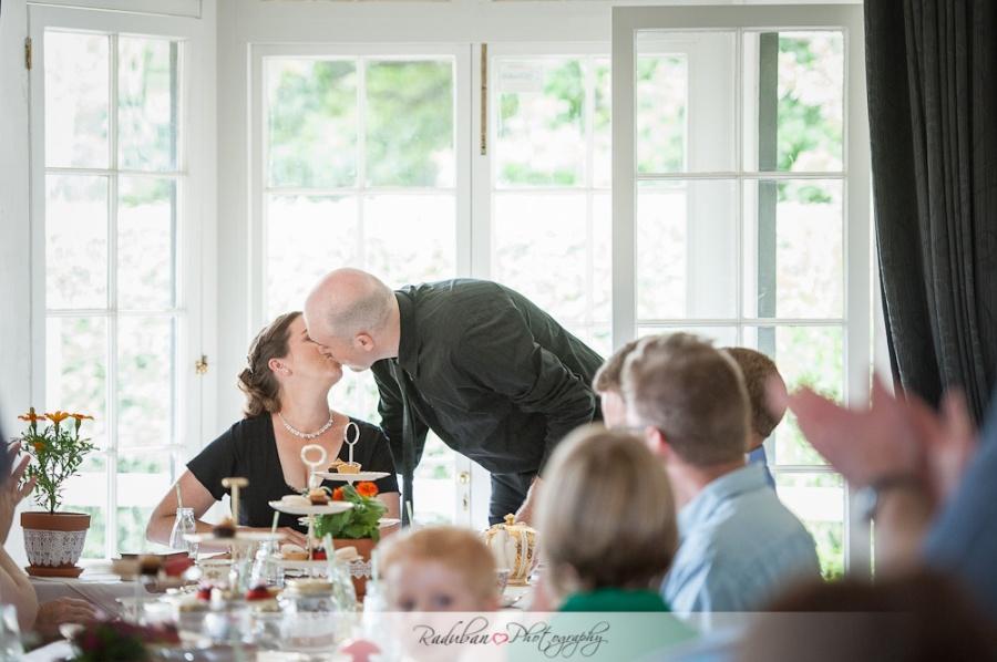 Mhairi-Andrew-Howick-historical-village-wedding-raduban-photography-candid-wedding-photographer-auckland